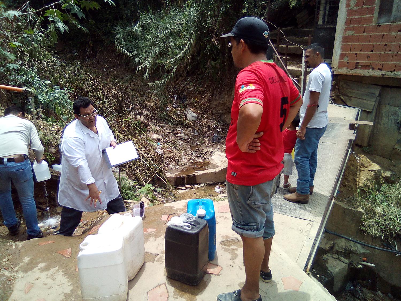 ¿Qué tan segura es el agua que consumen los venezolanos? Reto País busca respuestas