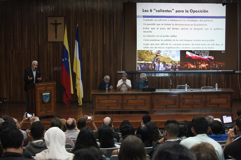 Mayoría del país quiere una salida negociada a la crisis: jornada de reflexión de la UCAB